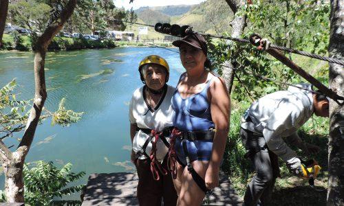 canopy lago turistas